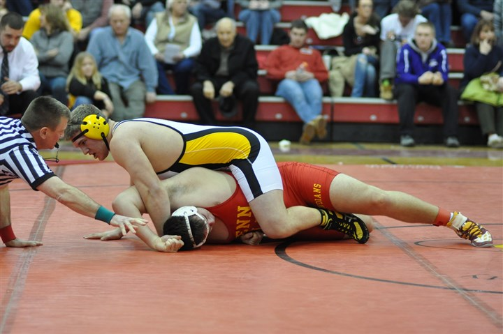 20140217hoAlle285zsports.jpg Montour's Zack Jablonski (top), defeating Penn Hills' Michael Ames at the Allegheny County Tournament, has a 27-6 record at 285 pounds this season.