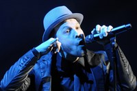 Gavin DeGraw hits town this weekend when he performs at the Carnegie of Homestead Music Hall on Thursday.
