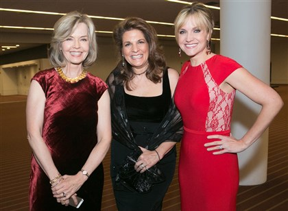 20140223jcSeenHeartBall10 Sally Wiggin with Lisa Pompeani and Susan Koeppen.