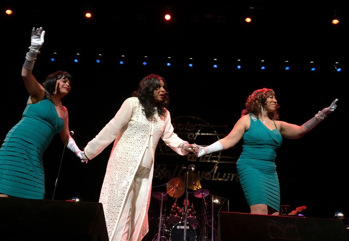 Shirley Alston Reeves Shirley Alston Reeves, center, with her backup singers at the Benedum Center.