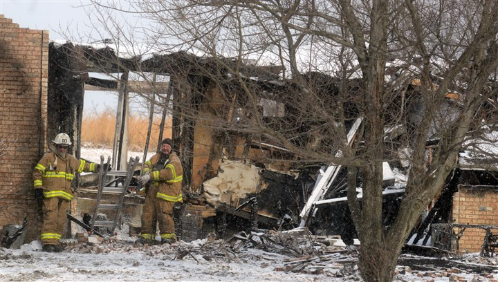 Cecil fire Firefighters at the scene of a fatal blaze along Laurel Hill Road in Cecil, just outside of McDonald.