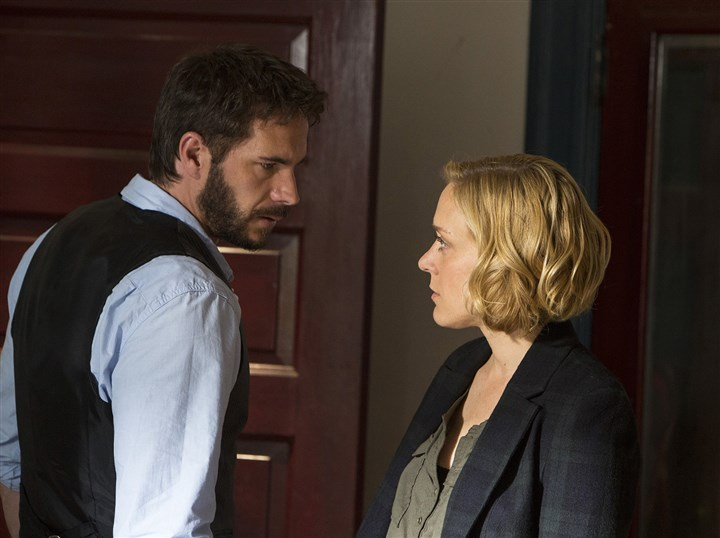 "20140302HOkill6-2 James D'Arcy portrays a forensic psychologist and Chloe Sevigny plays a Pittsburgh homicide detective in the new set and filmed-in-Pittsburgh ""Those Who Kill."""