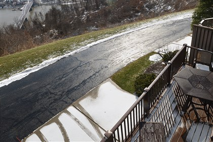 Condo on Shadow Ridge Drive, Harmar 11 The second floor deck off the master bedroom offers sweeping views of Oakmont and the Allegheny River valley.