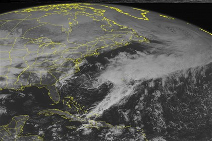 NOAA clouds This NOAA satellite image March 1, 2014 at 01:45 p.m. EST shows some light snow across the eastern U.S. and Midwest, with clouds becoming more prevalent across the Mississippi Valley and Northern and Central Plains.