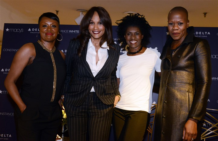 20140226bwMacysSeen01-1 Stephanie Taylor, Beverly Johnson, Constance White and Demeatria Boccella
