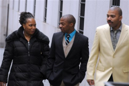 Jordan Miles with family members Jordan Miles enters the Federal Courthouse in Pittsburgh with family members earlier this month.