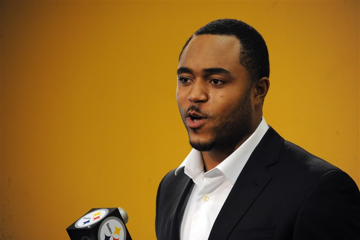 Steelers' Mike Mitchell at news conference Newly signed Steelers player Mike Mitchell speaks at a press conference at the team's South Side headquarters on Thursday, March 13, 2014.
