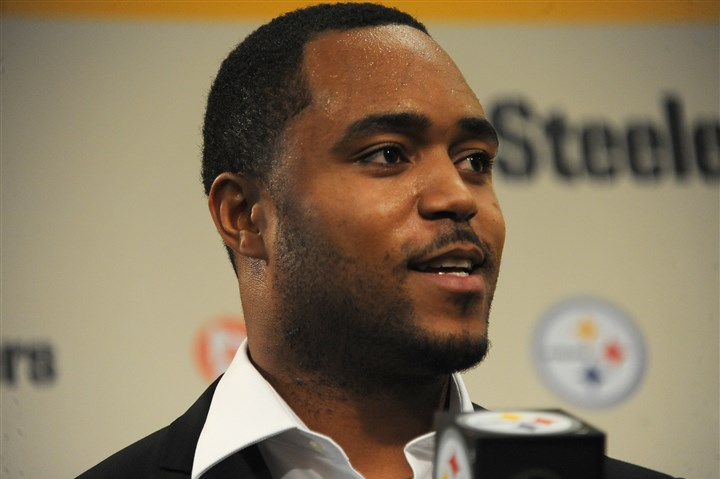 Mike Mitchell New Steeler safety Mike Mitchell speaks with reporters this afternoon at the team's South Side headquarters.