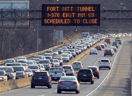 Parkway West back up Closure of one lane into the Fort Pitt Tunnels caused inbound traffic on the Parkway West to back up past the Carnegie Heidelberg exit towards the I-79 interchange.