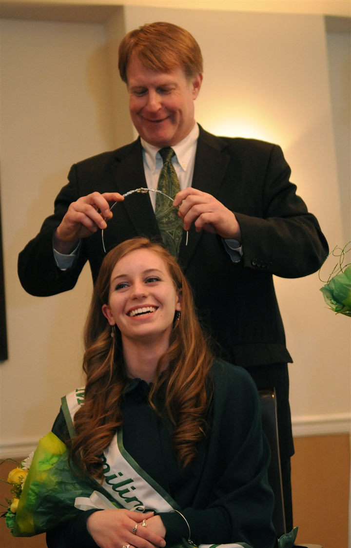 20140314MsSmilingIrishEyesLocal002-3 Allegheny County Executive Rich Fitzgerald crowns Ciara Crossey, 19 of Crafton Miss Smiling Irish Eyes 2014.