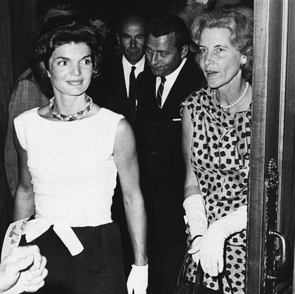 20140318Obit-Rachel Bunny Mellon.JP.1-1 Jacqueline Kennedy and her Cape Cod neighbor Bunny Mellon