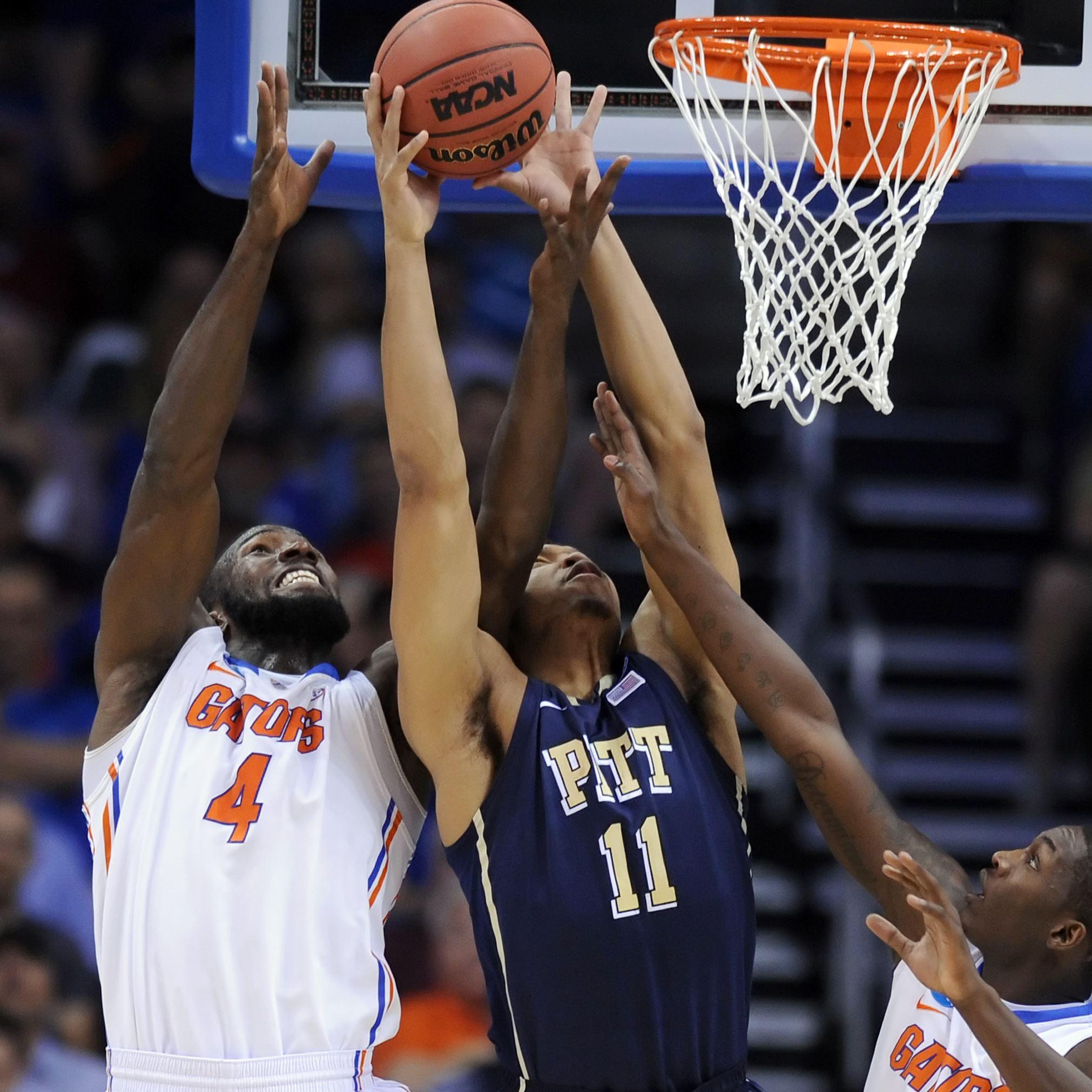 Pitt crumbles in third...