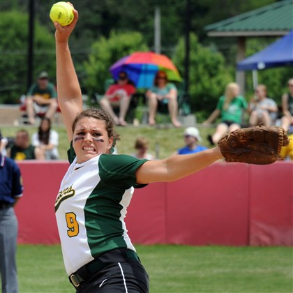 9fo00kp3.jpg Tiffany Edwards had a 19-2 record and 1.60 ERA last season for WPIAL Class AA runner-up Deer Lakes.