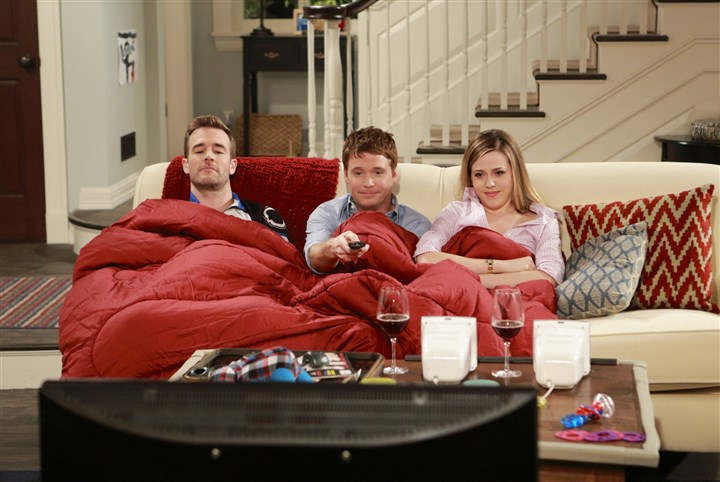 "James Van Der Beek, Kevin Connolly and Majandra Delfino James Van Der Beek, Kevin Connolly and Majandra Delfino in the pilot episode of ""Friends With Better Lives."""