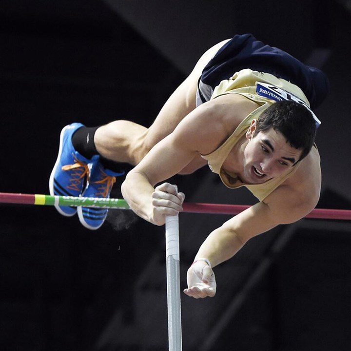 20140324hoZSpoortsMcCune02.jpg Alex McCune's strongest event is the pole vault.