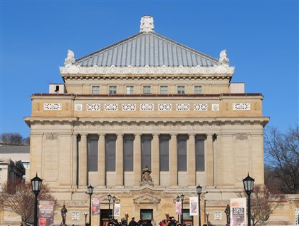 9mq00l5e-1 Soldiers and Sailors Memorial Hall and Museum, finished in 1910, was designed by Henry Hornbostel, one of nine architects who competed for the commission.