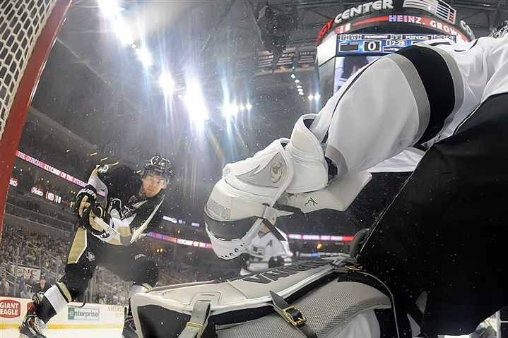 20140327pdPenguinsSports06 Los Angeles Kings' Jarret Stoll celebrates after teammate Drew Doughty scores on a slap shot past Penguins goalie Jeff Zatkoff in the third period at the Consol Energy Center.