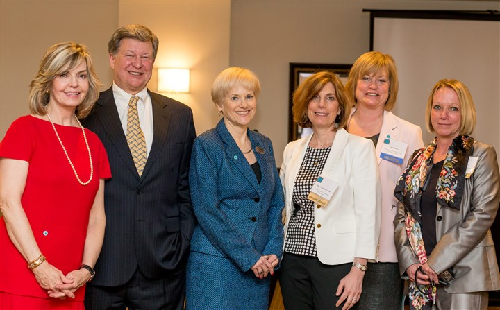 20140407SeenGivingCircleGroup-2 Sally Wiggin, Allen Kukovich, Mary Anne Papale, Judy Greenwald Cohen, Peg Dierkers and Michelle Bond.
