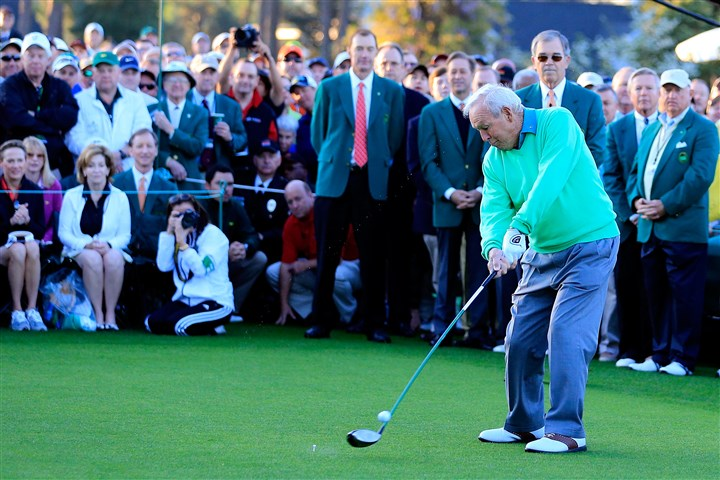 20140410appalmerteeshot Honorary starter Arnold Palmer hits a tee shot on the first hole to kick off the 2014 Masters Tournament at Augusta National Golf Club.
