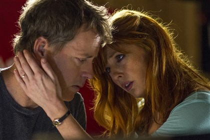 "20140416HeavenIsforReal2-1 Greg Kinnear and Kelly Reilly in ""Heaven Is for Real."""