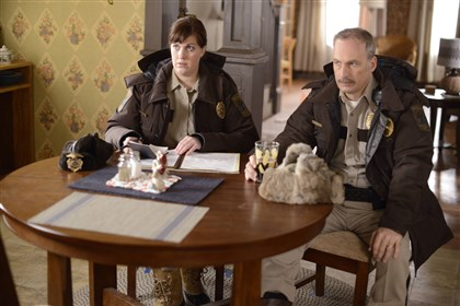 "20140415Fargo2-1 Allison Tolman as Molly Solverson and Bob Odenkirk as Bill Oswalt in ""Fargo."""