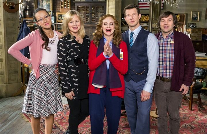 "20140417hoSignedSealed Crystal Lowe, left, Kristin Booth, Valerie Harper, Eric Mabius and Geoff Gustafson in the new Hallmark series ""Signed, Sealed, Delivered."""