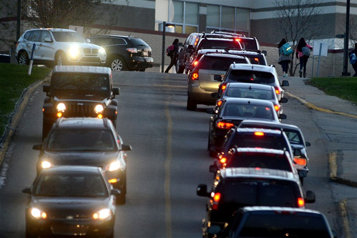 Returning to school Traffic bringing students and staff this morning to Franklin Regional High School.
