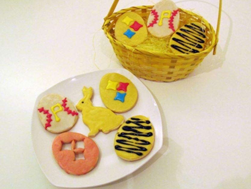 Easter cookies Mom's Easter Sugar Cookies.