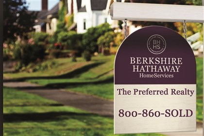 20140417yardsign A Berkshire-Hathaway sign