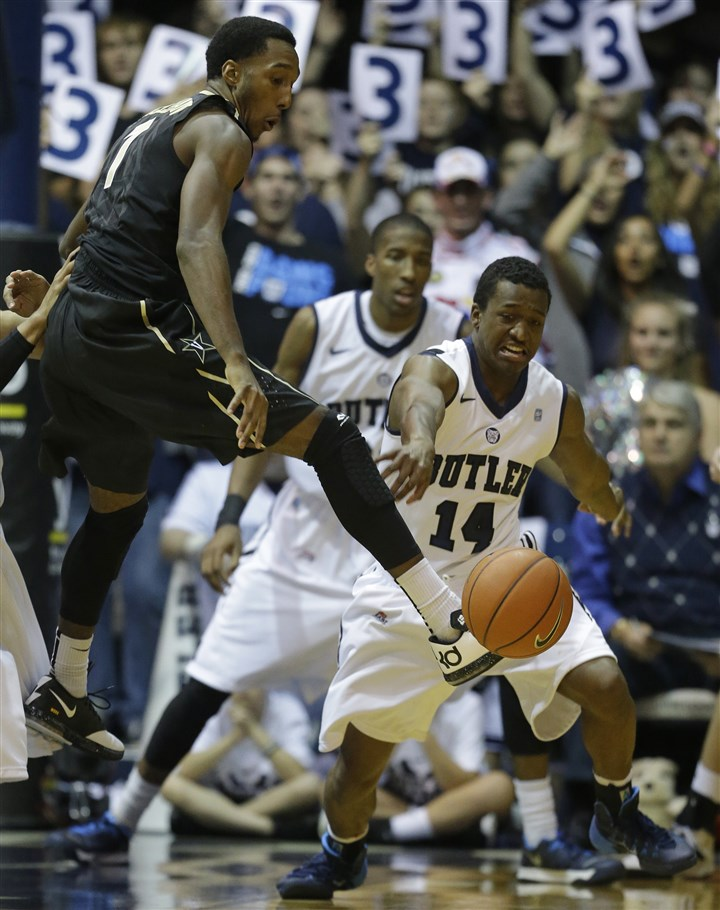 Vanderbilt Butler Basketball Butler's Rene Castro, right, strips the ball from Vanderbilt's Eric McClellan Nov. 19 in Indianapolis.
