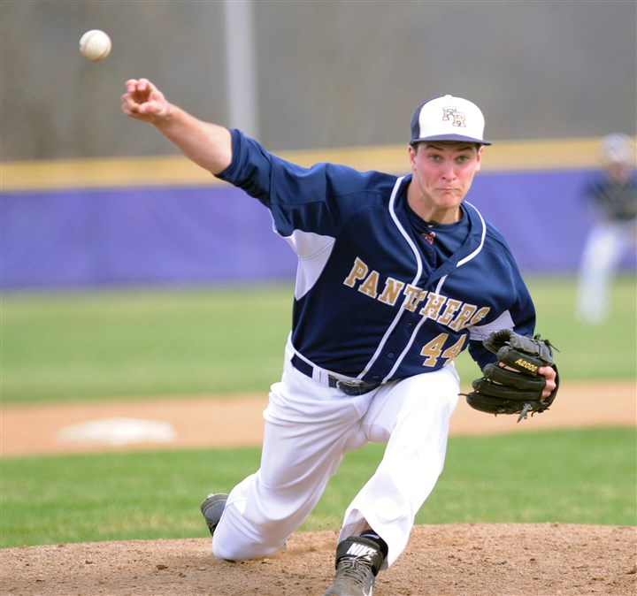 hshigh2 Franklin Regional pitcher Brett Meyers releases his pitch in a 7-4 loss to Plum.