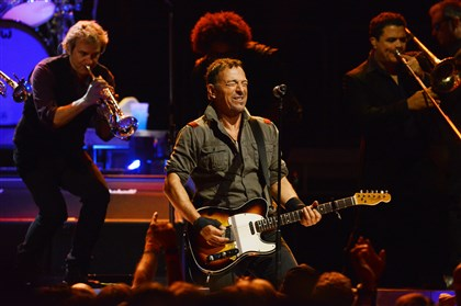20140422bwBruceMag02-1 Bruce Springsteen and the E Street Band perform at Consol Energy Center.