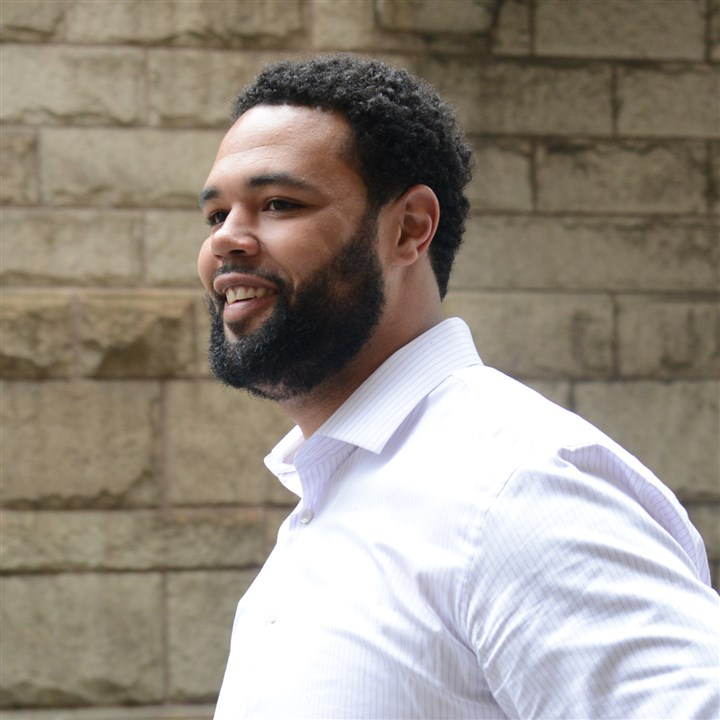 Steelers player Mike Adams at courthouse Steelers player Mike Adams arrives at the Allegheny County Courthouse on Wednesday to testify against the three men accused of stabbing him last year on the South Side.