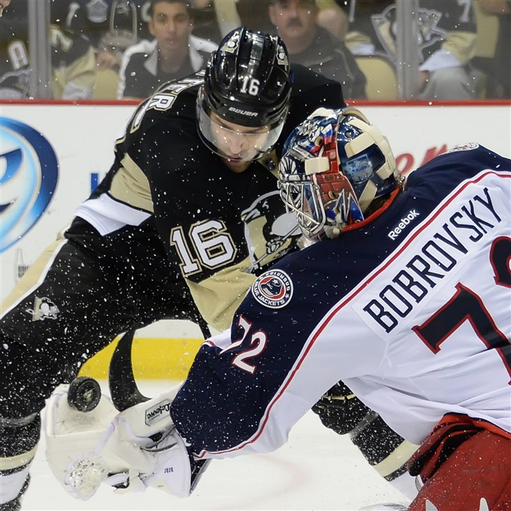 20140426pdPenguinsSports11-5 Brandon Sutter is one of six restricted free agents to whom the Penguins have extended qualifying offers.