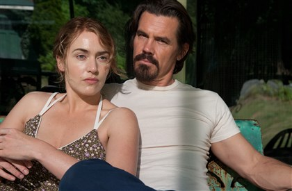 "20140501HOLaborDayDVD-2 Kate Winslet is Adele and Josh Brolin is Frank in ""Labor Day."""