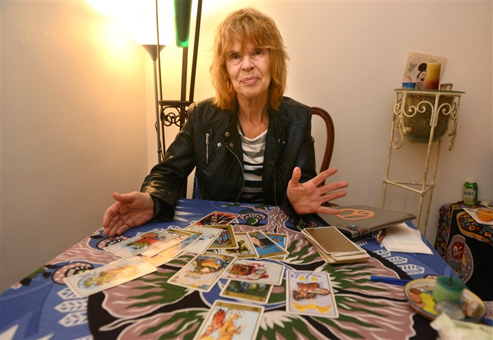 201454RARzonespsychic1 Dormont psychic Linda Cartwright in her space at Moonstones.