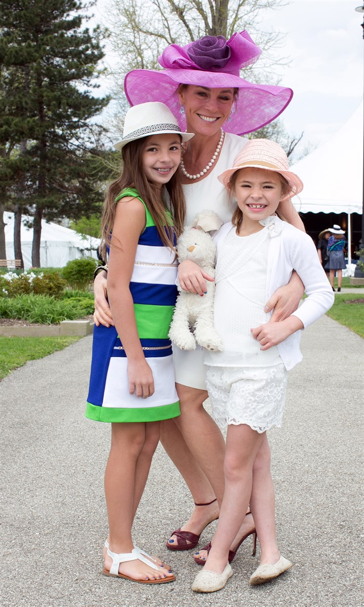 Spring Hat Luncheon Helene Finegold (wearing Chloe) poses with daughters Rosie, age 9 (left), and Elsa, 7. #SEENfamily