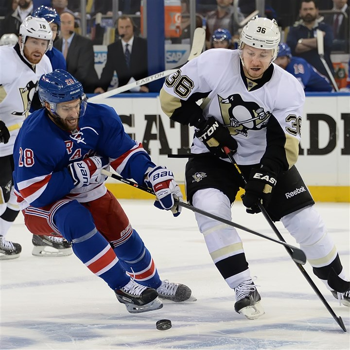 Dominic Moore Could the Rangers' Dominic Moore (a former Penguin), shown here battling for the puck against Jussi Jokinen during a playoff game in May at Madison Square Garden in New York City, return to Pittsburgh via free-agency?