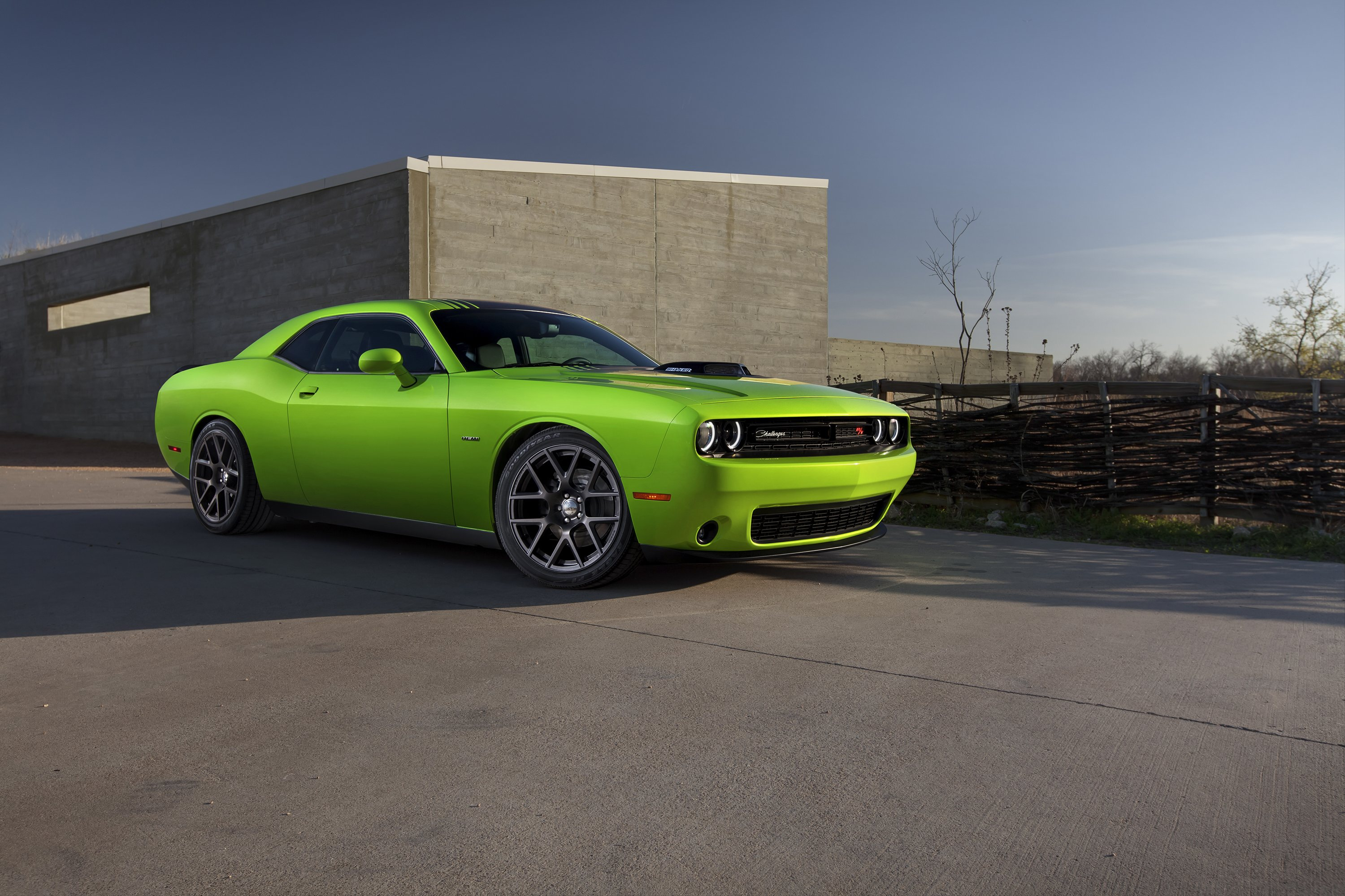 dodge flexes its muscle with new 2015 challenger pittsburgh post gazette. Black Bedroom Furniture Sets. Home Design Ideas