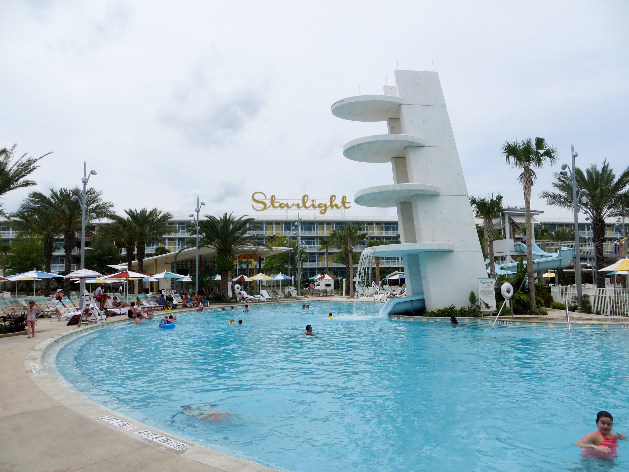 Cabana Bay Takes Visitors Back To 1960s In Style