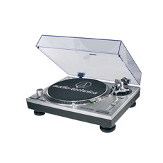 20140514holindich0525biz.jpg The Audio-Technica AT-LP120-USB turntable
