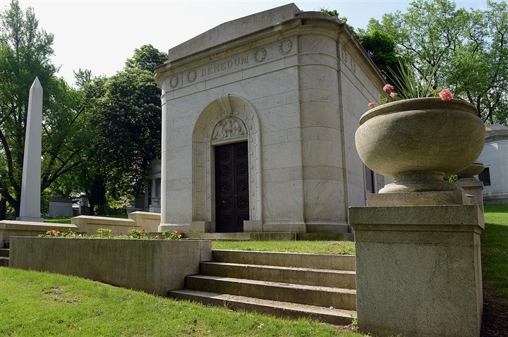 20140522radHomewoodCemetery-6 The Benedum family mausoleum, containing the body of veteran Claude W. Benedum, is on the Homewood Cemetery bus tour on May 25, visiting 17 locations with veteran graves.