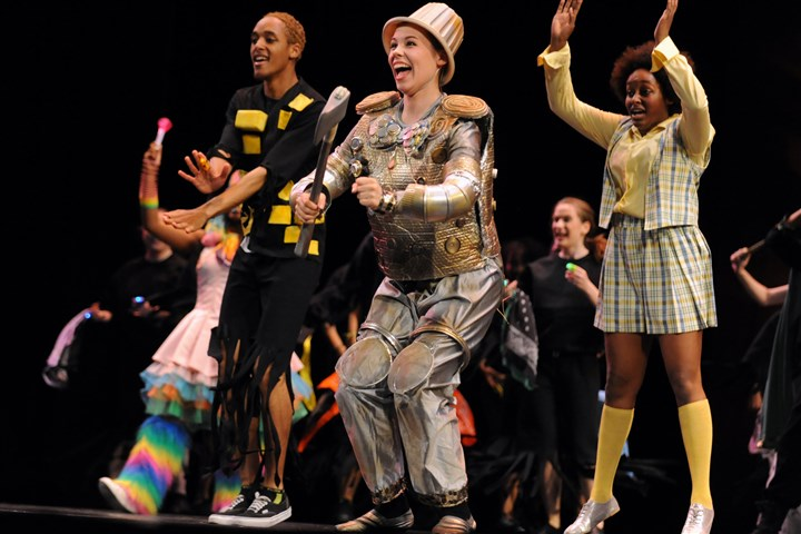 "20140524bwKellyLoc01-5 Best Actress winner Marnie Quick, center, playing the Tinman in ""The Wiz,"" performs with her classmates from the Barack Obama Academy as they perform at the 24th annual Pittsburgh CLO Gene Kelly Awards for Excellence in High School Musical Theater at the Benedum Center Saturday."