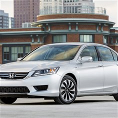 20140525Accord Exterior: The 2014 Honda Accord Hybrid offers much improved fuel economy over the gasoline-engine version, but system is not as smooth as some other hybrids.