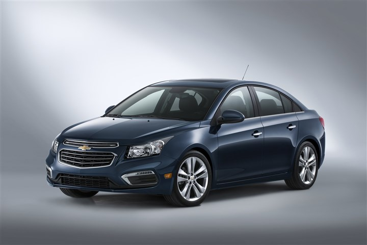 "2015 Chevrolet Cruze LTZ 2015 Cruze compact car receives updated front fascia design and technologies including 4G LTE and Text message alerts in addition to MyLink's 7"" screen and Siri Eyes Free compatibility."