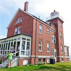 South Bass Light Station overlooks western Lake Erie The South Bass Light Station overlooks western Lake Erie on South Bass Island. It operated from 1897 to 1962.