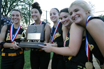 20140529JHSportsGirls02.jpg The five seniors on the Thomas Jefferson softball roster -- Janelle Allison, Kyla Pickett, Amanda O'Toole, Tara Conley and Becca Bachman -- celebrate with the WPIAL championship trophy after the Jaguars defeated Mars last Thursday.