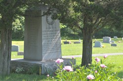 The Aetna Chemical Company erected a monument in Oakdale Cemetery to commemorate those who died in a dynamite explosion in their Oakdale plant in 1918. The unidentified were buried in this plot.