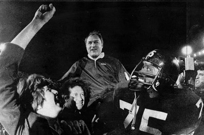 7ar00k8o-15 Steelers head coach Chuck Noll is carried off the field by his players, led by defensive standout Joe Greene. The Steelers won their third Super Bowl, defeating the Dallas Cowboys 35-31 in Super Bowl XIII in 1979.