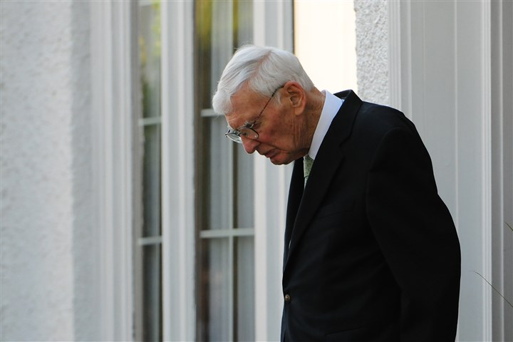 201406015CMNollSports003-2 Steelers Chairman Dan Rooney leaves the public viewing for late Steelers coach Chuck Noll at the John A. Freyvogel Sons Funeral Home in Oakland.
